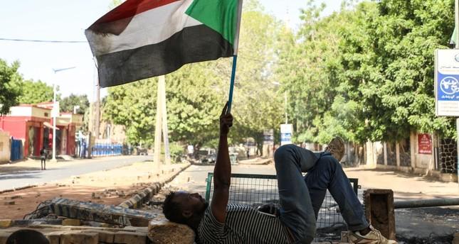 قادة الاحتجاجات في السودان يبحثون تعليق التفاوض مع المجلس العسكري