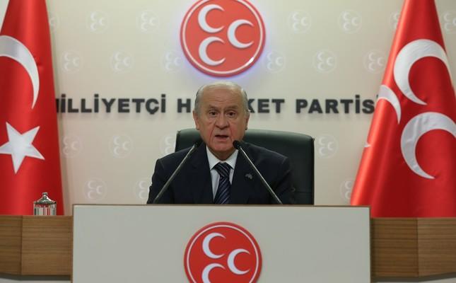 Opposition leader backs extending state of emergency