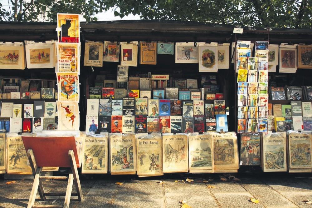 A second-hand bookstore in Beyazu0131t, Istanbul.