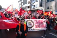 مظاهرة للجالية التركية في ألمانيا احتجاجاً على اعتداءات بي كا كا (الأناضول)