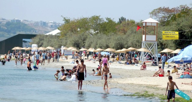 Menekşe Beach will be open to the public  starting from tomorrow.