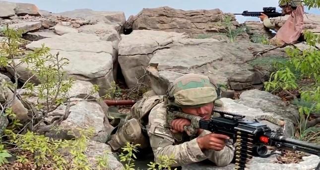 الجيش التركي يدمر مخبأعتاد لإرهابيي بي كا كا شمالي العراق