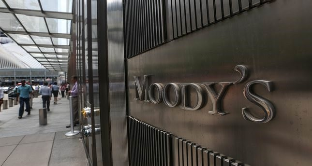 Moody's downgrades Turkey's rating, outlook stable