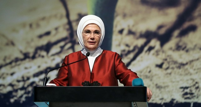 Emine Erdoğan, who is behind a zero waste campaign launched last year, addressed the summit in Istanbul on Dec. 7.