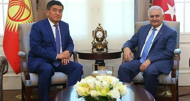 يلدريم يستقبل نظيره القرغيزي جنبيكوف في أنقرة