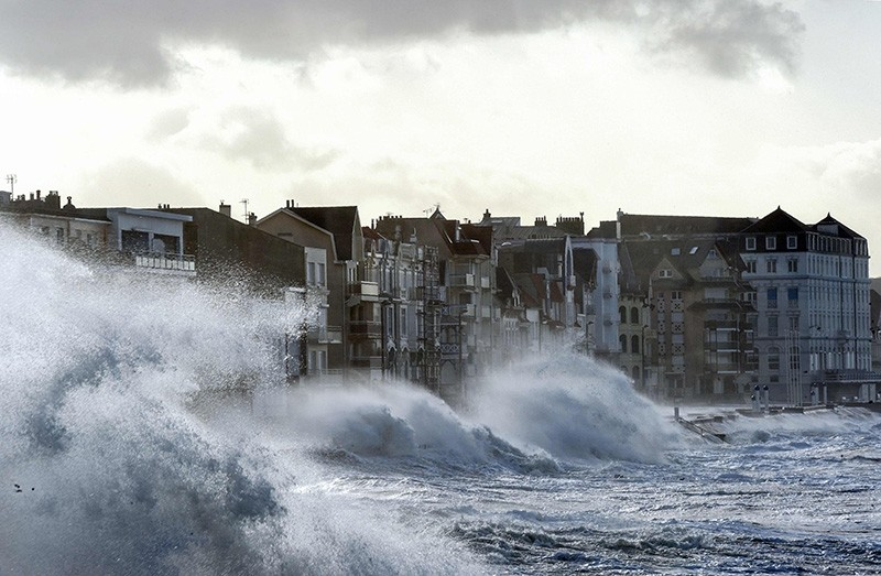 Waves crash against the seafront of Wimereux, northern France, as storm Eleanor hits the northern part of France on Jan. 3, 2018. (AFP Photo)
