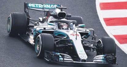 Hamilton, Vettel kickoff race for fifth title in Melbourne