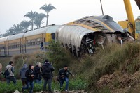 43 killed, hundreds injured as two trains collide in Egypt