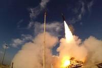 إسرائيل تجري تجربة على منظومة صاروخية باليستية