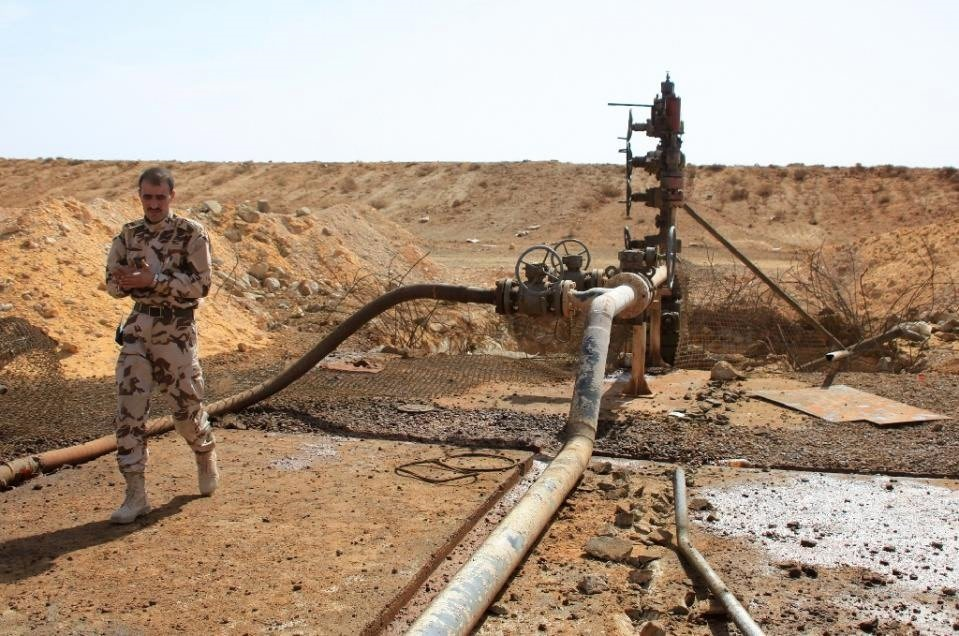 The Syrian regime and the PYD control oil fields in al-Hasakah, Syria.