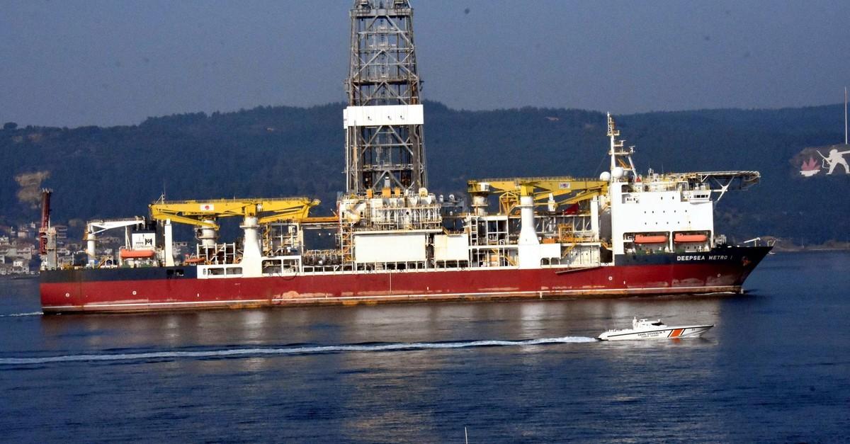 Turkeyu2019s second drilling vessel Deepsea Metro-1 passed through u00c7anakkale Strait on Friday, Feb. 22, 2019.