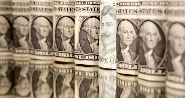 صعود الليرة التركية إلى أعلى مستوى لها أمام الدولار منذ شهر