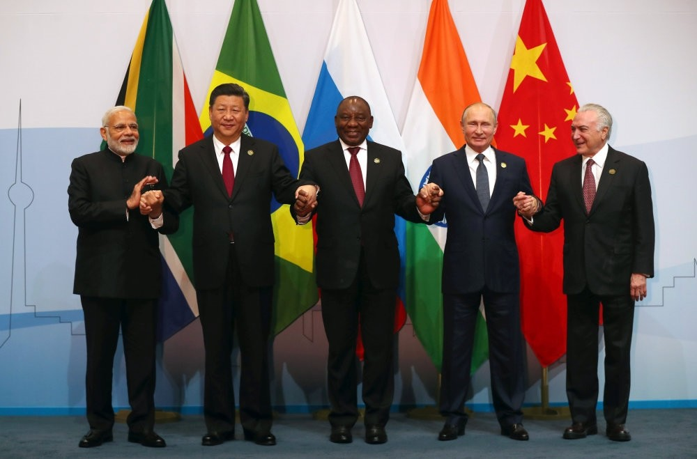 (From left to right) Indian Prime Minister Narendra Modi, Chinau2019s President Xi Jinping, South Africau2019s President Cyril Ramaphosa, Russiau2019s President Vladimir Putin and Brazilu2019s President Michel Temer