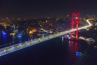 جسر شهداء 15 تموز (البوسفور) كما بدا أمس (Iha)