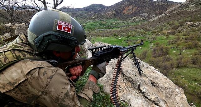 تحييد 18 إرهابيا من بي كا كا في 3 ولايات تركية