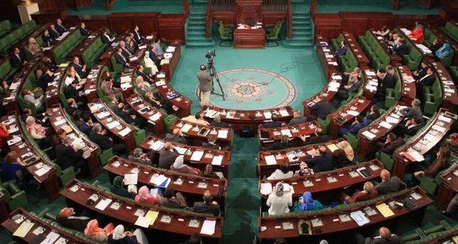 البرلمان التونسي يصادق بالأغلبية على تعديل قانون الانتخابات
