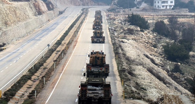 Turkey's military deployment to Syrian border continues