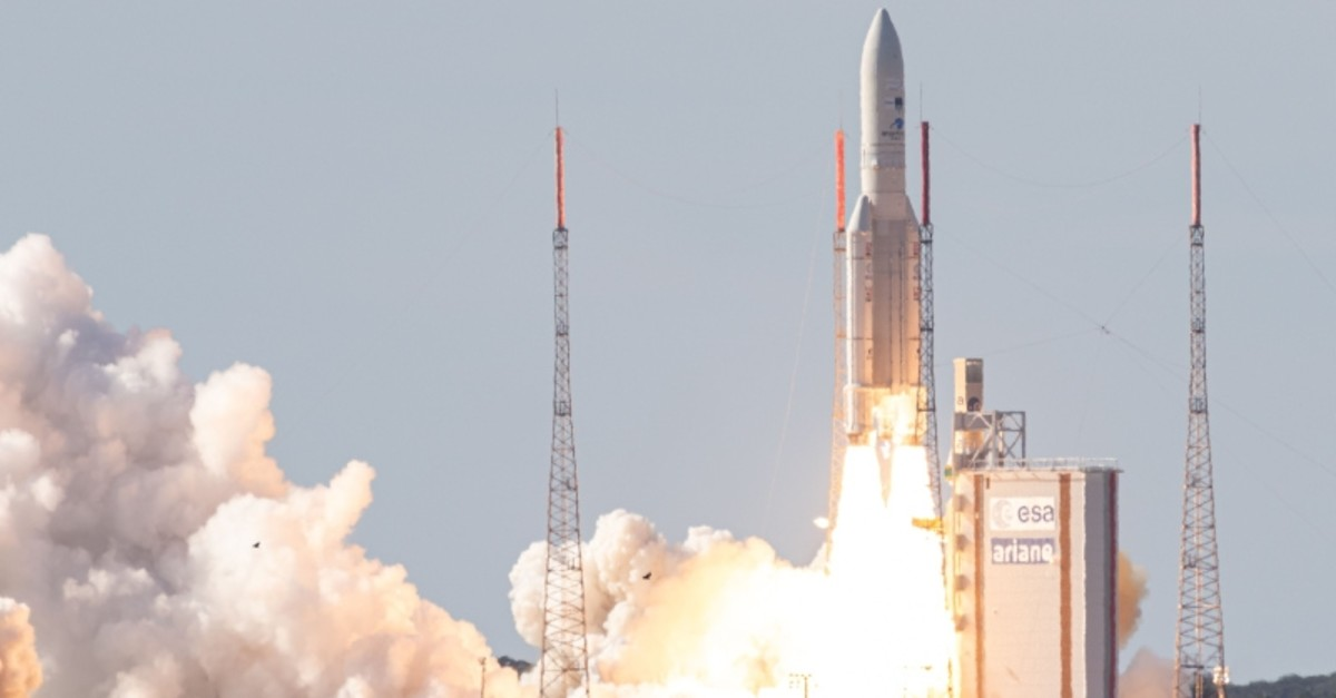 An Ariane 5 carrying two telecommunications satellites, Intelsat 39, built by Space Systems/Loral, and EDRS-C, built by OHB System, lifts off from its launchpad in Kourou, at the European Space Center in French Guiana, on Aug. 6, 2019 (AFP Photo)