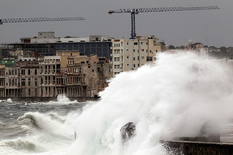 Waves crash against the seafront boulevard El Malecon ahead of the passing of Hurricane Irma, in Havana, Cuba September 9, 2017. (Reuters Photo)
