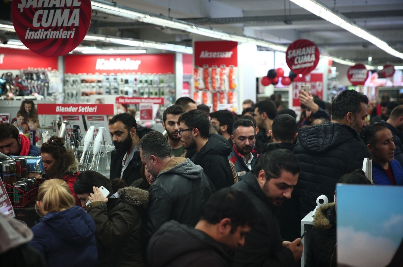 A crowd of people seen at a MediaMarkt store in the Levent district of Istanbul, Nov. 23.