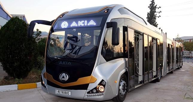 تركيا تصنع عربات متروبوس ضخمة ستساهم في حل مشكلة الازدحام باسطنبول