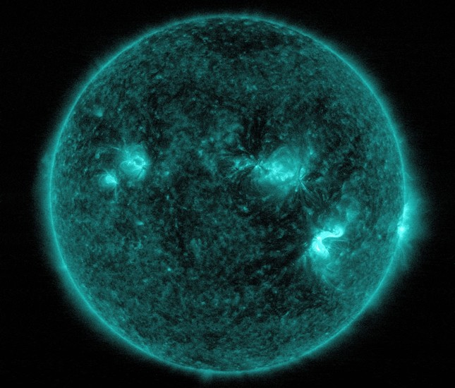 NASA records two strong solar flares, the largest since 2008