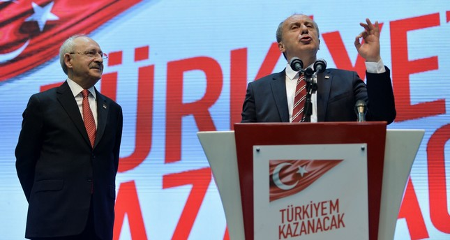 CHP leader Kemal Kılıçdaroğlu (L) and Muharrem İnce address a group meeting of the party, held to discuss the party campaign for the June 24 presidential elections, Ankara, May 4.