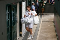 Defending champion Murray knocked out of Wimbledon quarter-finals by Querrey