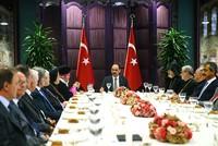 Pres. Spokesman Kalın hosts dinner for leaders of Turkey's minority communities