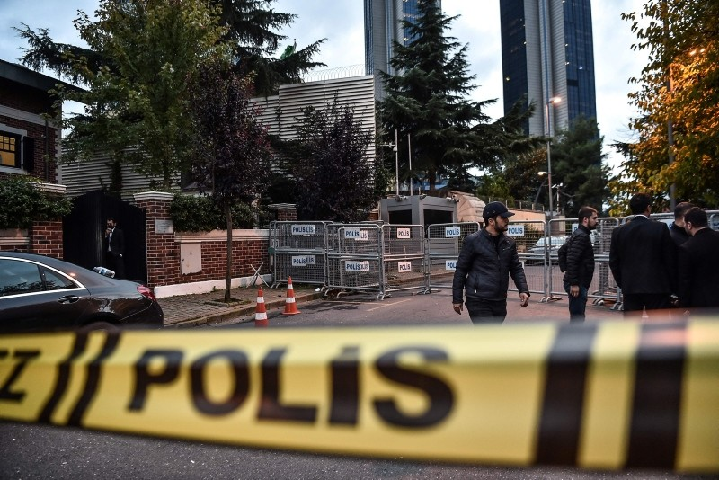 The Saudi Arabia's consulate is cordoned off by Turkish police in Istanbul on October 15, 2018 during the investigation over missing Saudi journalist Jamal Khashoggi. (AFP Photo)