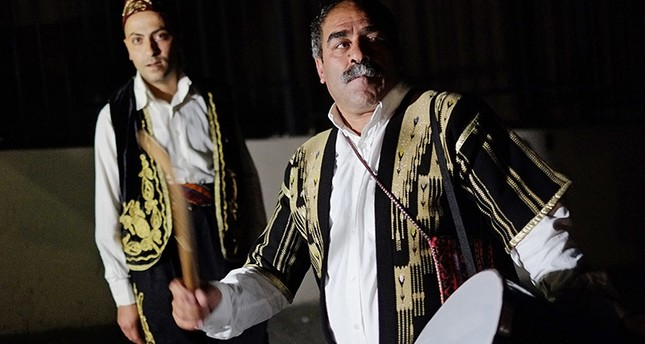 Istanbul drummers keep Ramadan tradition alive during sahour