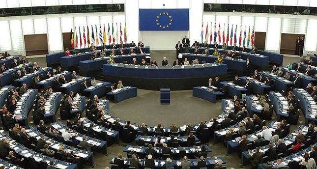 الاتحاد الأوروبي يمدد عقوباته على روسيا لـ 6 شهور أخرى