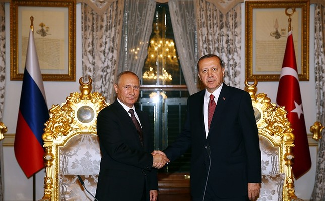 President of Turkey Recep Tayyip Erdogan (R) meeting President of Russia Vladimir Putin (L) at Mabeyn Palace in Istanbul, Turkey. (File Photo)