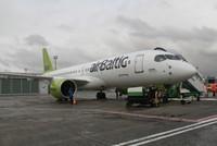 إيرباص تعرض طائرتها الجديدة A220 في مطار أتاتورك بإسطنبول