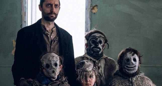 """""""Répertoire des Villes Disparues"""" (""""Ghost Town Anthology"""") is directed by Denis Cote."""