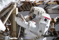 NASA's all-women spacewalk canceled over lack of spacesuits