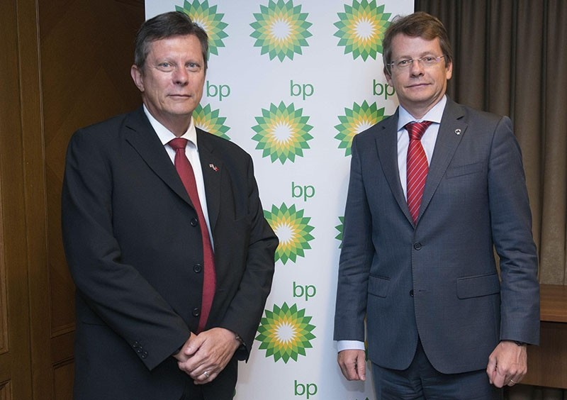 BP Turkey President Mick Stump (L) and Country Manager for Turkey Martin Thomsen (Sabah File Photo)