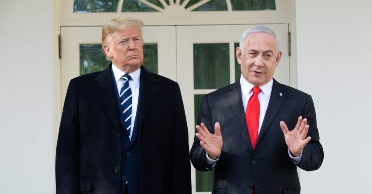 U.S. President Donald Trump and Israeli Prime Minister Benjamin Netanyahu speak to the press at the White House, Washington, D.C., Jan. 27, 2020. (AFP Photo)