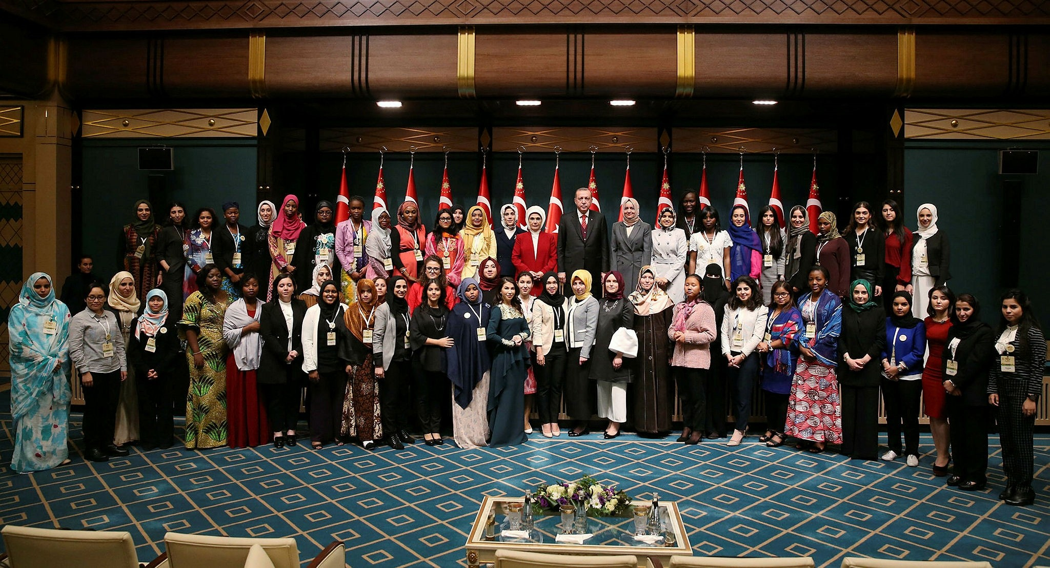 The women advisory council of the OIC during a meeting with President Recep Tayyip Erdou011fan in Beu015ftepe Presidential Complex (AA Photo)