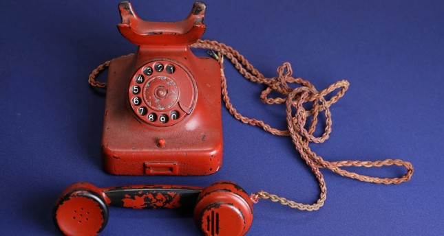 USA versteigert Adolf Hitlers Reisetelefon