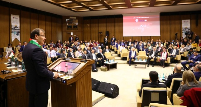 نائب رئيس الوزراء التركي أثناء مشاركته في إحدى فعاليات تيكا في القدس (من الأرشيف)