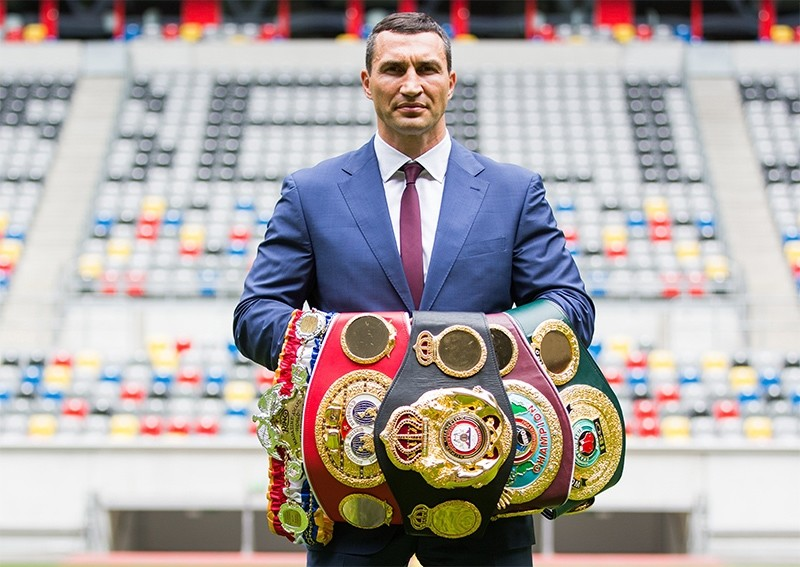 Ukranian WBA, WBO, IBO and IBF heavyweight world champion boxer Wladimir Klitschko, poses with his belts at the Esprit Arena in Duesseldorf, Germany, 21 July 2015. (EPA Photo)