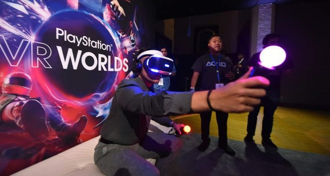 PlayStation VR headset to hit market in October