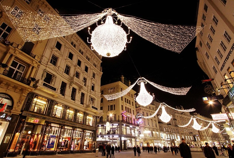 This file photo taken on November 27, 2009 shows Christmas decorations glowing in the old town of Vienna after Vienna officialy lit up the city for the upcoming Christmas (AFP Photo)