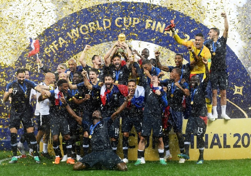 French players celebrate with the trophy after winning the FIFA World Cup 2018 final between France and Croatia in Moscow, Russia, 15 July 2018. (EPA Photo)