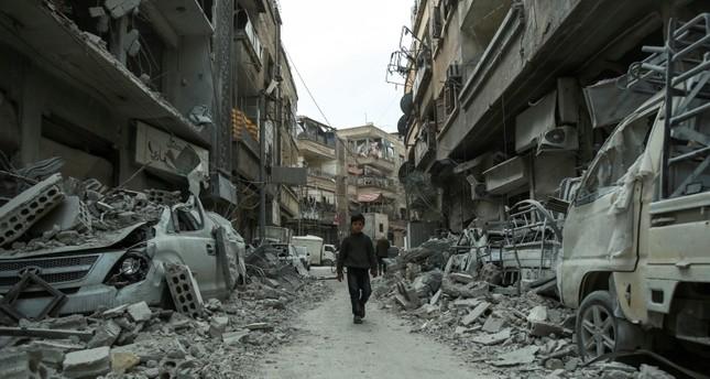 الدمار في مدينة دوما (من الأرشيف)