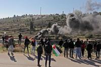 مايك بومبيو أول وزير خارجية أميركي يزور مستوطنة إسرائيلية في الضفة المحتلة