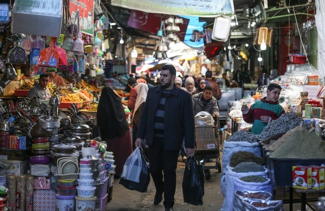 A Palestinian man walks in a marketplace in Gaza, April 13, 2019. (AA Photo)