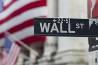 Wall Street jumps as N. Korea tensions wane; S&P 500 up 1 pct