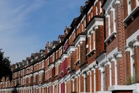 House prices in London fall for the first time in 8 years